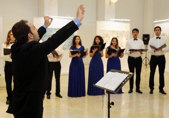 Nazım Korosu'ndan Sergi Salonu'nda Çok Sesli Konser