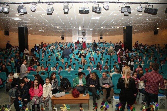 İlk Gösterime 600 Seyirci Katıldı