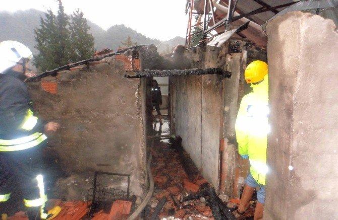 Ortaca'da Ev Yangını; 1 Ölü