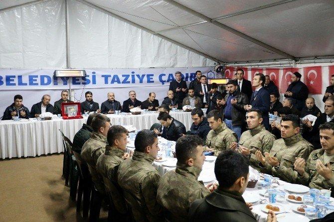 Bakan Müezzinoğlu, Şehit Ailesine Ziyaret