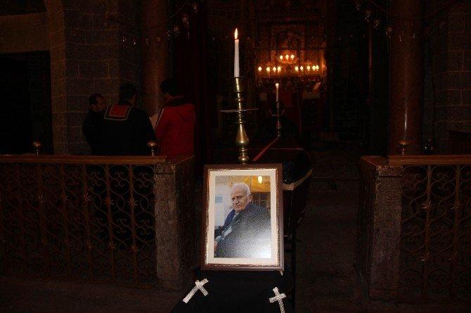 Diyarbakır'ın En Yaşlı Ermenisi Defnedildi