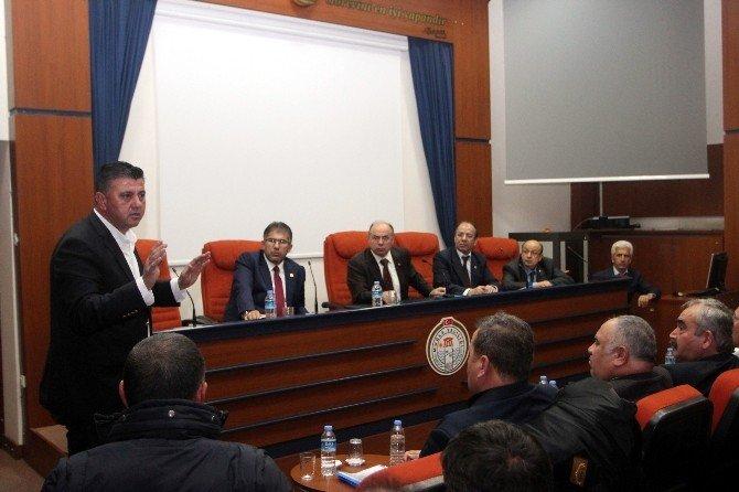 AK Parti, Vali Çiçek İle Şoförleri Buluşturdu
