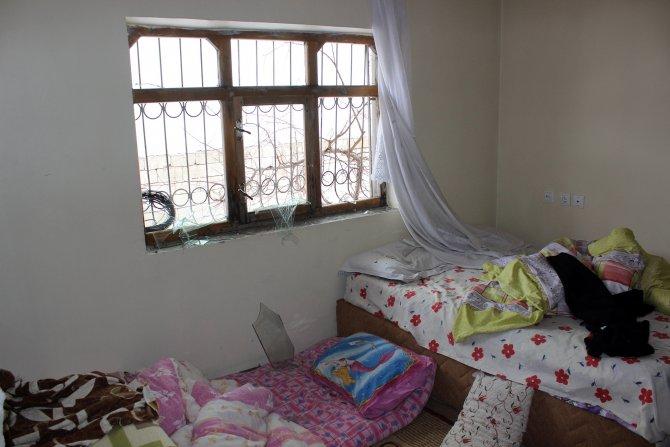 Van'da polis aracına saldırı yapıldı, onlarca ev hasar gördü