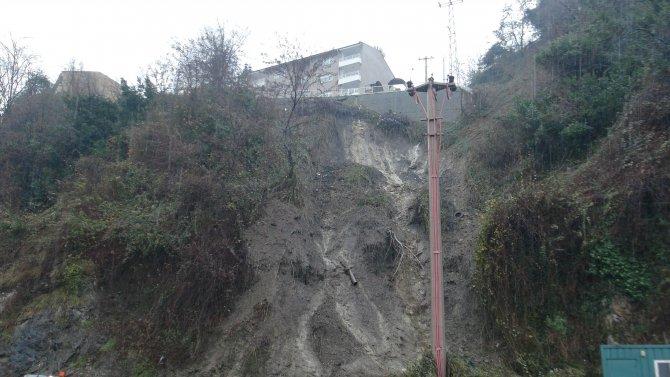 Zonguldak'ta heyelan meydana geldi