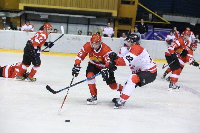 Zeytinburnu Belediyesi Buz Hokeyi Takımı'nın Başarı Hikayesi