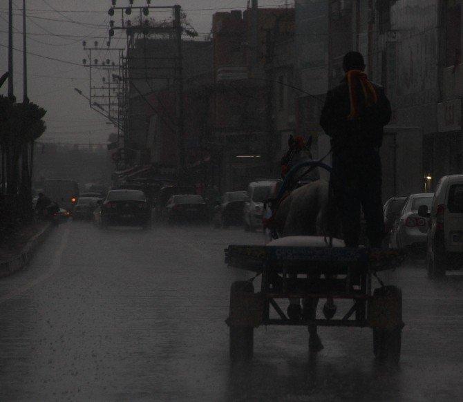 Adana'da Yağışlı Hava Devam Edecek
