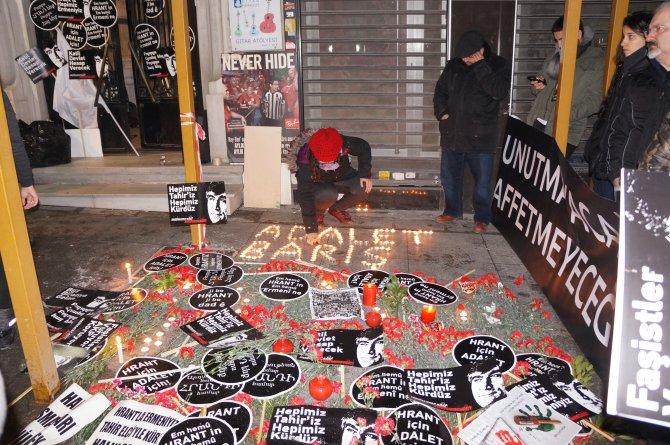 Hrant Dink'in öldürüldüğü yerde 'Adalet ve Barış' nöbeti