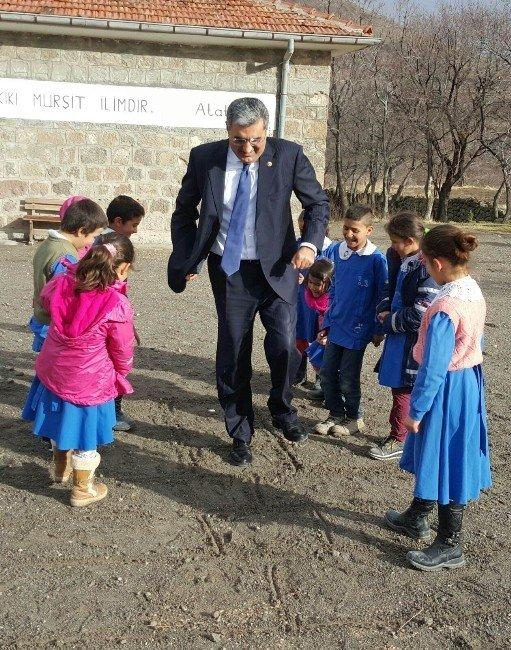 Recep Konuk'tan Çat Kapı Ziyaretler