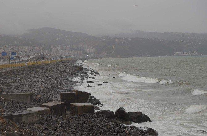 Trabzon'da Hava Sıcaklığı 1 Gün Arayla 17 Derece Birden Düştü