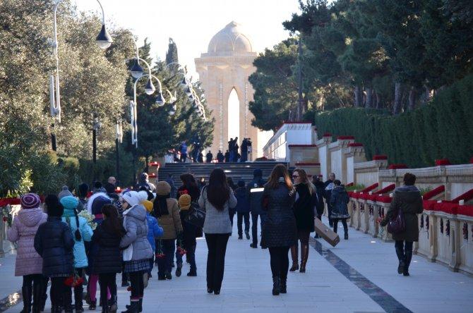 Bakü'de 20 Ocak Katliamı'nın 26. yılı anma törenleri hazırlıkları tamamlandı