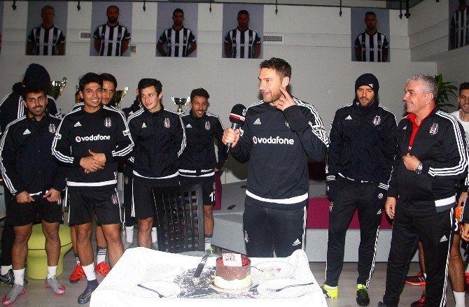 Dusko Tosic'in Doğum Günü Kutlandı