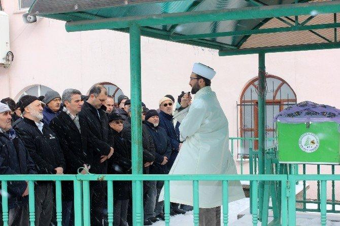 Oğlu Cenazesini Almayınca Devlet Sahip Çıktı