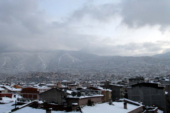Bursa'da yarın okullar tatil