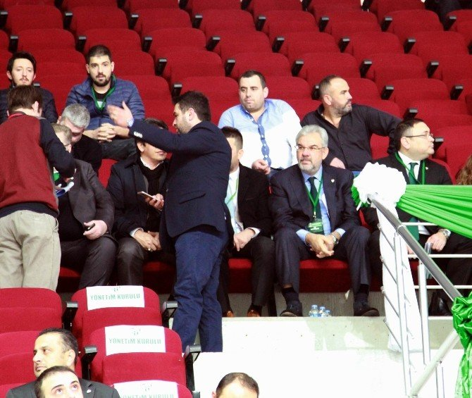 Bursaspor Delegeleri Recep Bölükbaşı Yönetimini İbra Etmedi