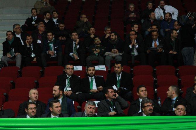Bursaspor kongresinde Bölükbaşı yönetimi ibra edilmedi