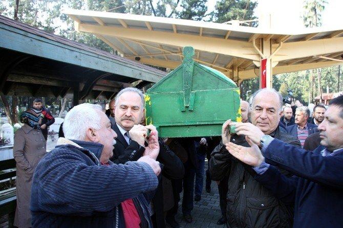 """""""CHP'nin Emin Amcası""""na Son Veda"""