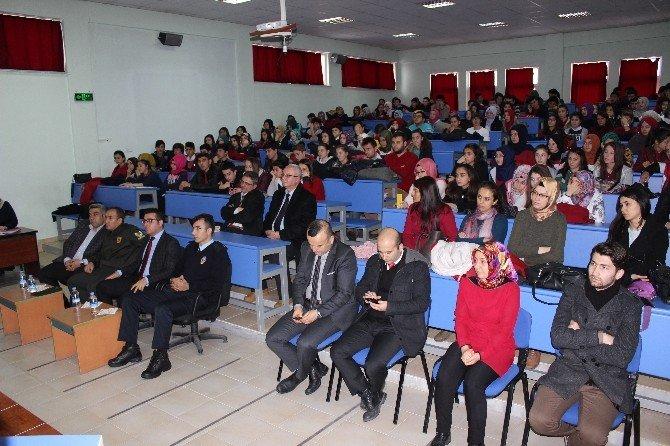 Hisarcık Anadolu Lisesi'nde Münazara Finali