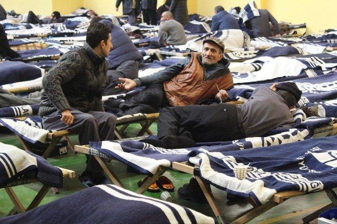 İBB, 600 Evsize Kapılarını Açtı