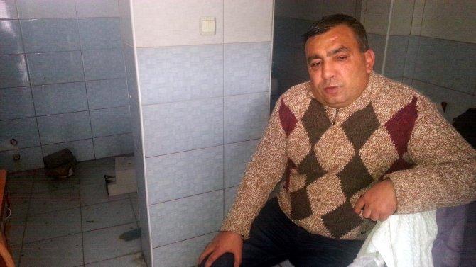 3,5 yıldır tuvalette yaşam mücadelesi veriyor