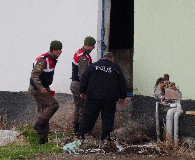 Köy Evine Ateş Açan Şahıs Aranıyor