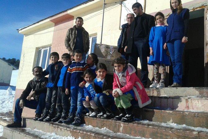 Çankaya Belediyesi'nden Sarıkamış'taki öğrencilere bot ve eğitim yardımı