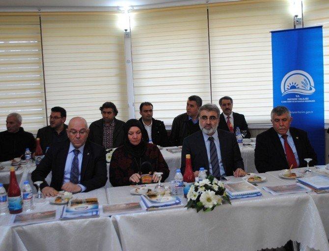 AK Parti Heyeti Brifing Aldı