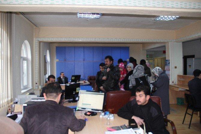 İncesu Belediyesi 4. Etap Örenşehir TOKİ'nin Dosyalarını Dağıttı