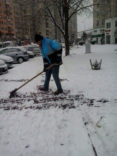 Kocasinan Kar Temizliğine Hızlı Başladı
