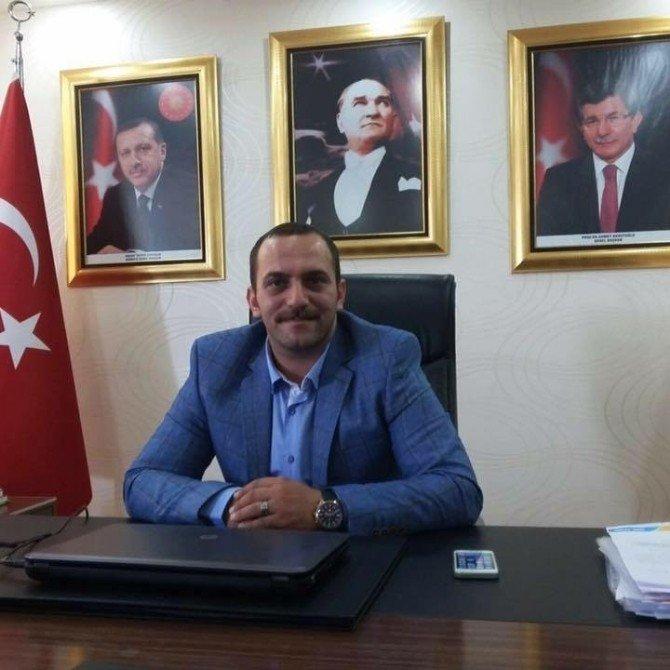 Manisaspor Başkanı Mergen, Partisindeki Görevinden Ayrıldı