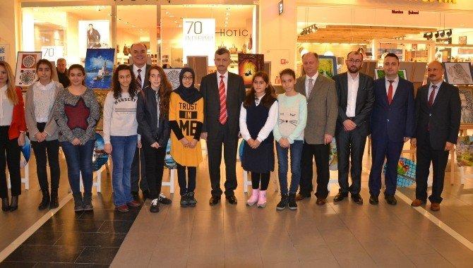 Manisa Bilim Ve Sanat Merkezi Öğrencileri Resim Sergisi Açtı