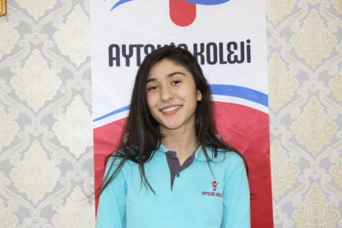 Nusaybin, iki defa ertelenen TEOG sınavında şampiyon çıkardı
