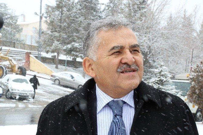 Melikgazi Belediyesi 3 Vardiya Halinde 24 Saat Görev Başında