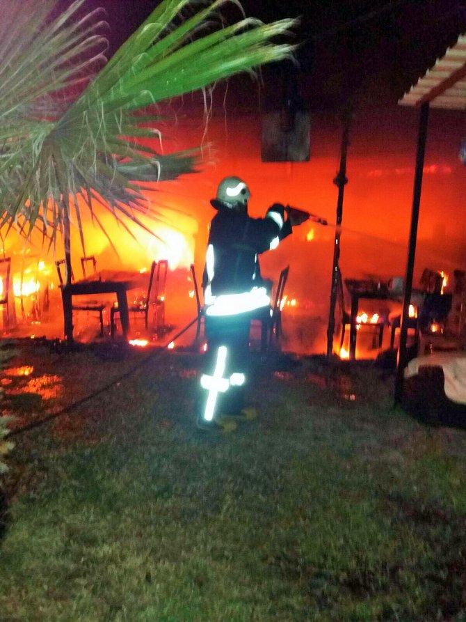 Fethiye'de bir restoranda yangın çıktı