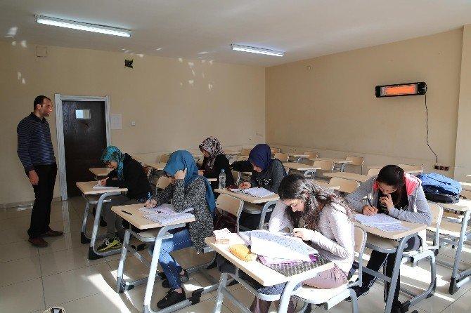 Haliliye Belediyesi'den Öğrencilere Etüt Merkezi Hizmeti