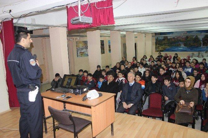 Öğrencilere 'Trafik' Semineri