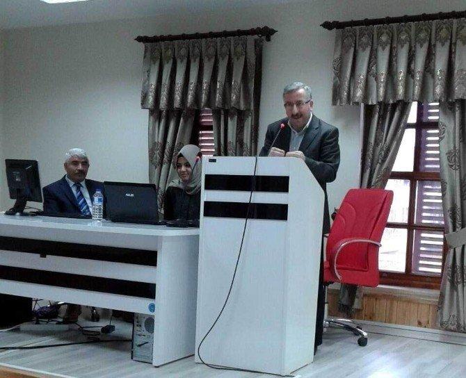 Çatom'da Aile İçi İletişim Semineri Verildi