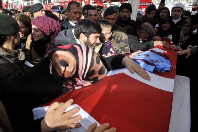 Şehit polisten annesine vasiyet: Şehit olursam arkamdan ağlama