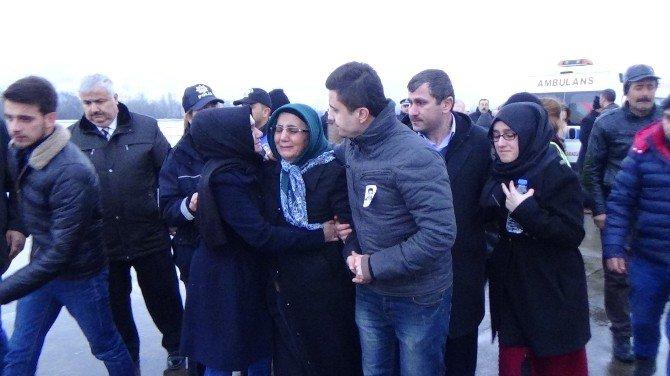 Şehit Polis Ali Can Öztürk'ün Naaşı Zonguldak Havalimanı'na Getirildi