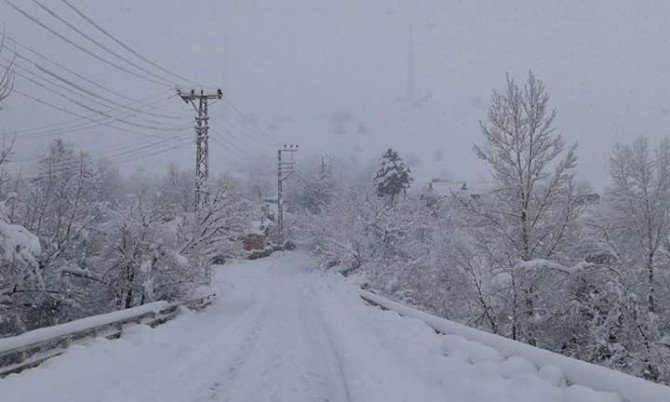 Tunceli'de 96 Köy Yolu Ulaşıma Kapandı