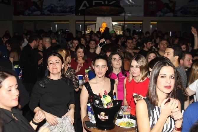 Uludağ'da Serdar Ortaç Fırtınası