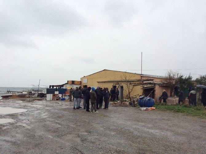 Urla Balıklıova'da Yıkım Gerginliği