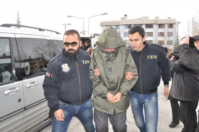 DEAŞ'ın hücre evine baskın: 6 şüpheliye gözaltı