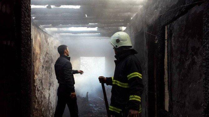 Akçakoca'da Ev Yangını
