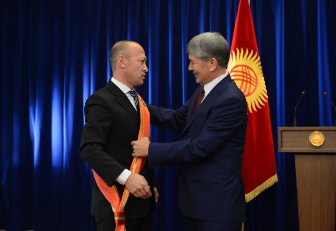 Atambayev: İktidara hırsızlık yapmak için gelenlerin devri kapanmıştır