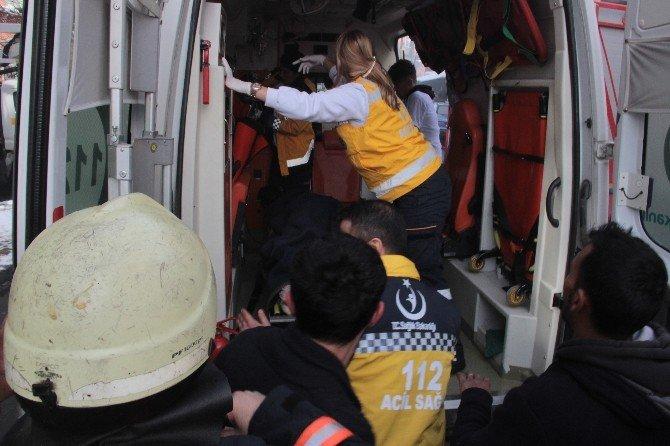 Yangından Etkilenen Kadın, İtfaiye Tarafından Kurtarıldı
