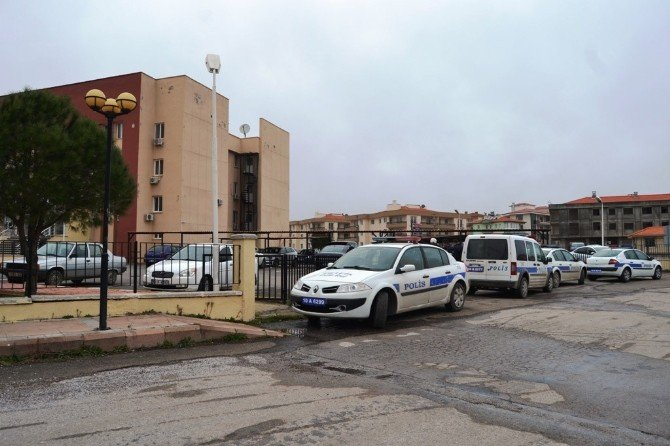 Ayvalık Adalet Sarayında Bomba Paniği
