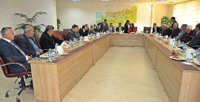 Başkan Çerçioğlu, Sökeli Muhtarlarla Bir Araya Geldi