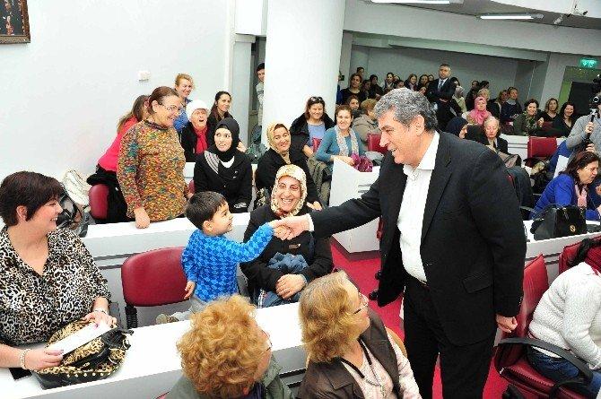 Balçova'da Kadınlar Kendi Paralarını Kazandı
