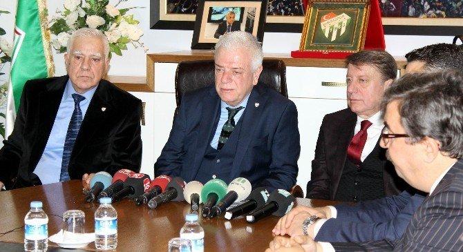 Bursaspor'un Yeni Başkan Ali Ay, Görevi Devraldı