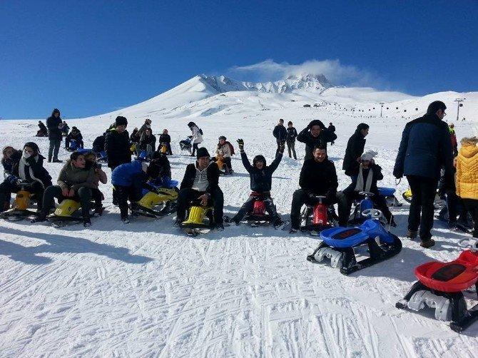 Yozgat Çözüm Koleji Öğrencileri Erciyes'te Eğlendi